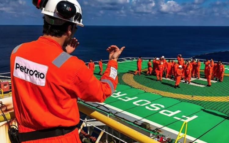 PetroRio óleo e gás inicia cadastro de currículo para vagas de ensino superior em engenharia