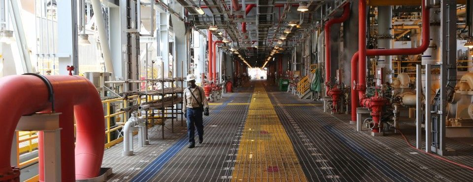 Tem experiência em contratos offshore Petrobras? Há vagas de emprego em Macaé para Técnicos e Engenheiros
