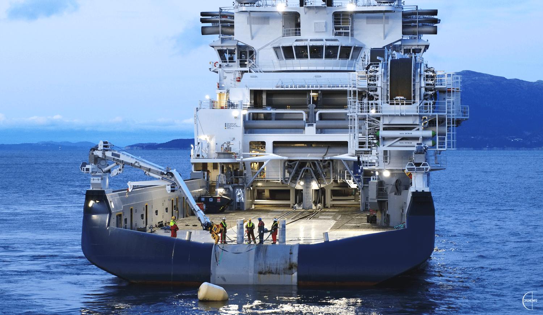 Guindasteiros, Caldeireiros, Técnicos e Marítimos há vagas para embarque IMEDIATO; inscrição até 20 de abril