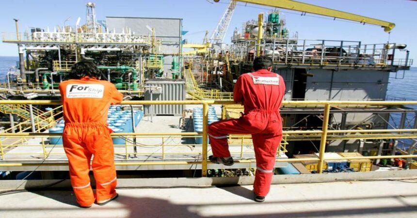 Sindicatos dos petroleiros querem paralisar sete plataformas da Petrobras