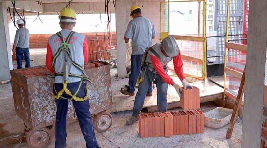 Pedreiros, Serventes, Auxiliar de Serviço Gerais, Técnicos e muito mais vagas de emprego para manutenção civil