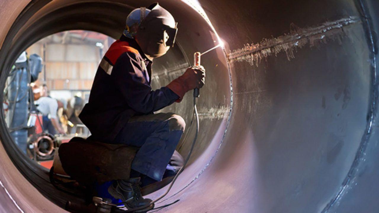 Mecânicos, soldadores, montadores de andaime e mais vagas para parada de manutenção em área da ArcelorMittal