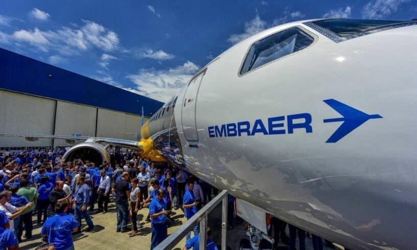 Boeing rompe contrato de 4,2 bilhões de dólares com Embraer e sindicato pede reestatização da empresa