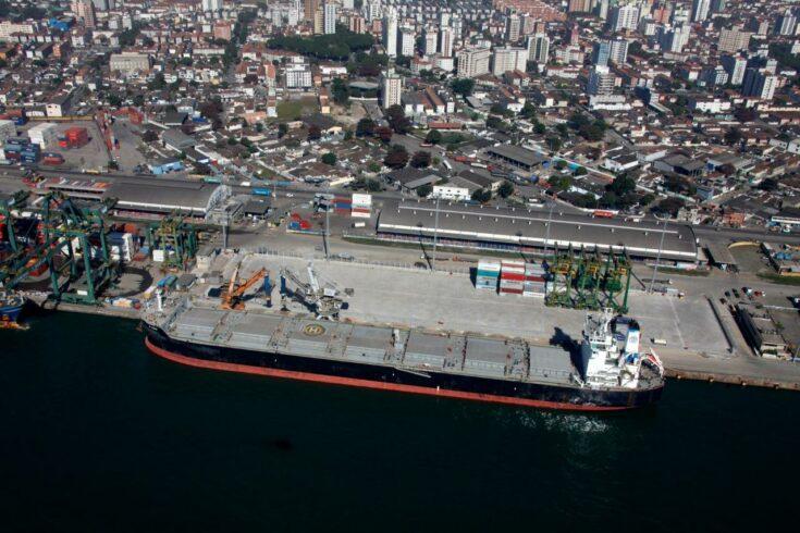 Ministério da Infraestrutura publicou, ontem (8), os editais para leilão de 2 terminais no Porto de Santos