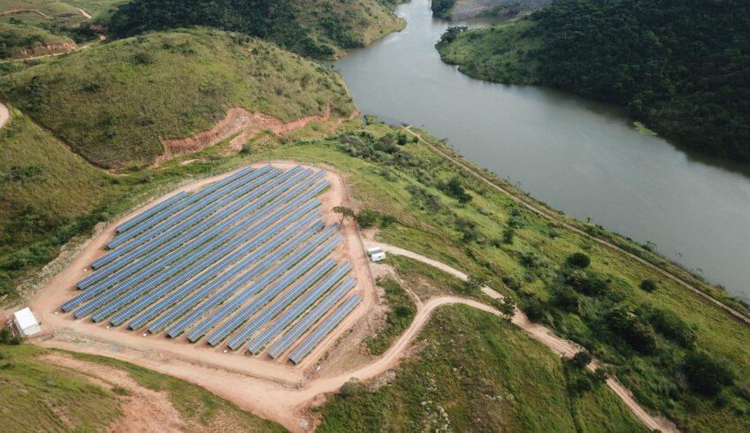 FURNAS energiza sua primeira usina solar das três que estão sendo construídas