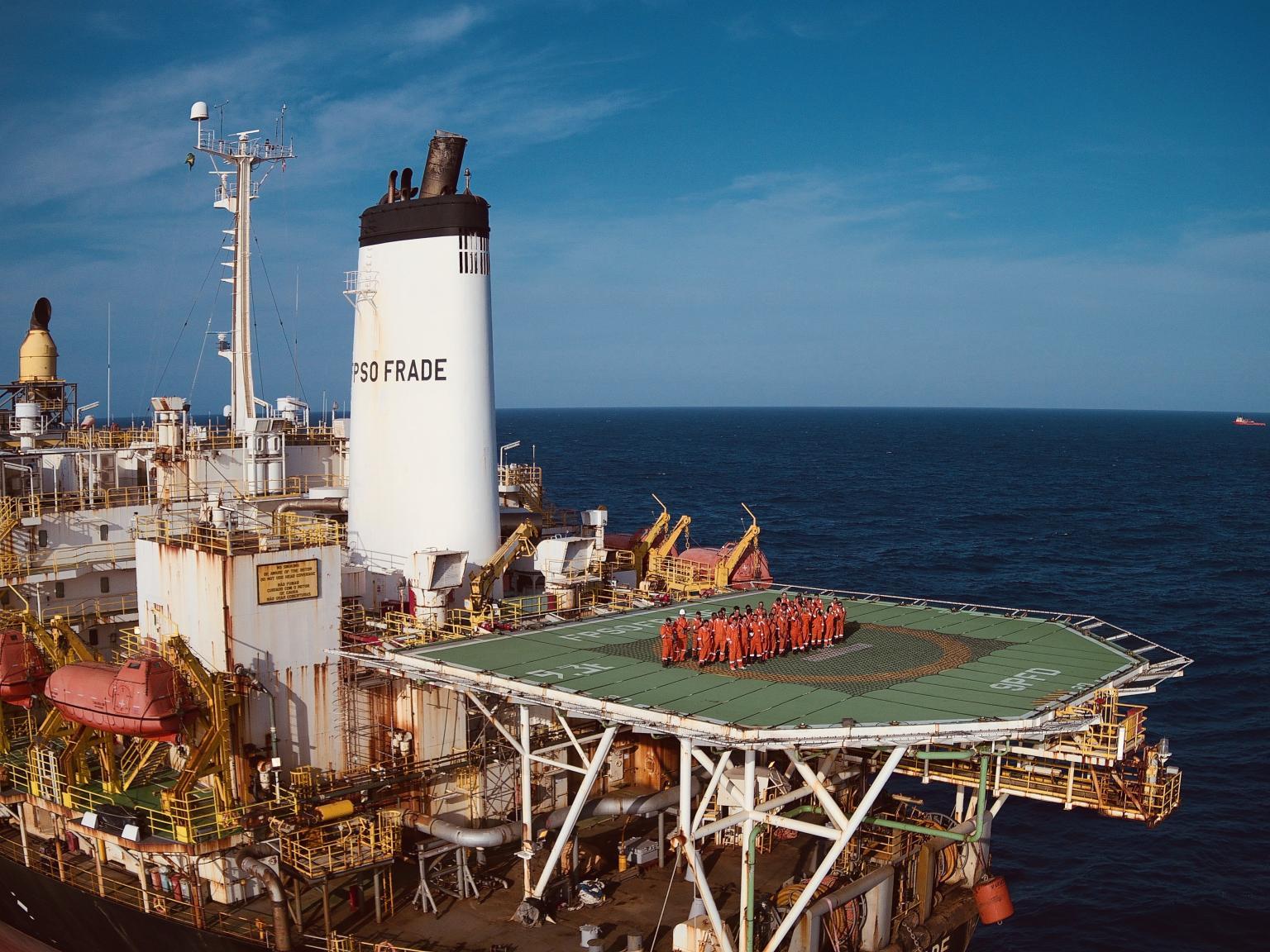 A líder mundial offshore V.Ships abre nesta tarde (07) muitas vagas para trabalhar em FPSO