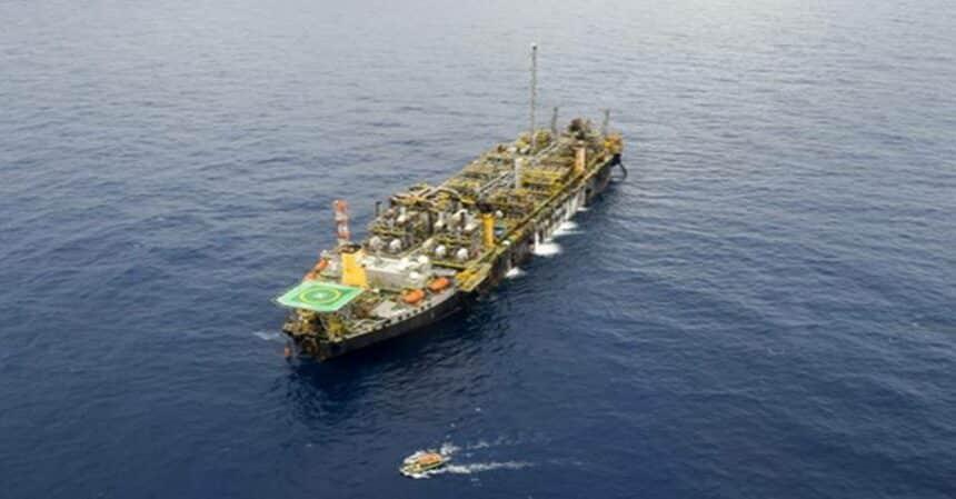 Petrobras alcança 1 bilhão de barris de petróleo no Parque das Baleias, na Bacia de Campos