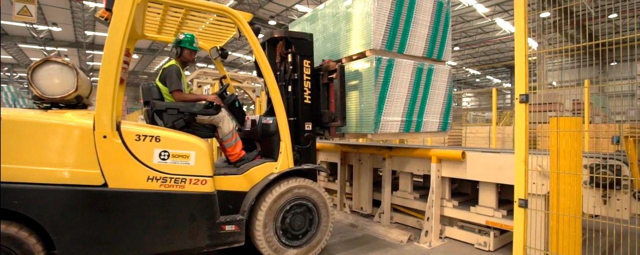 Auxiliares de produção, técnicos, assistentes e mais vagas de emprego para atender nova filial da MOR no Rio de Janeiro