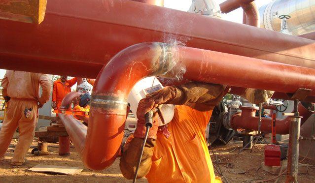 Empresa do segmento de petróleo e gás inicia vagas offshore para atender contrato de 4 anos, admissão imediata