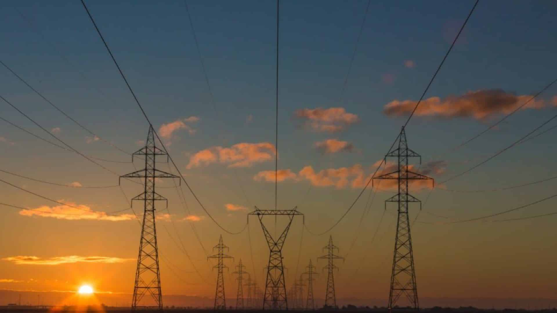 celeo redes brasil, energia elétrica, eletricista