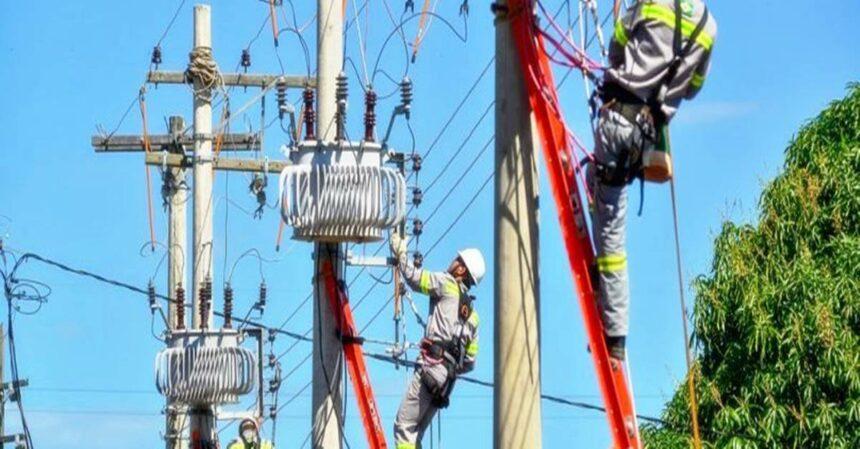 65 vagas de emprego para Eletricistas e Auxiliares em atividades de manutenção de redes públicas em Salvador, BA