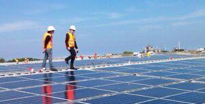 Recrutamento e seleção na área de Energia Solar demanda vagas para profissionais técnicos e engenheiros; salário de até 10 mil reais