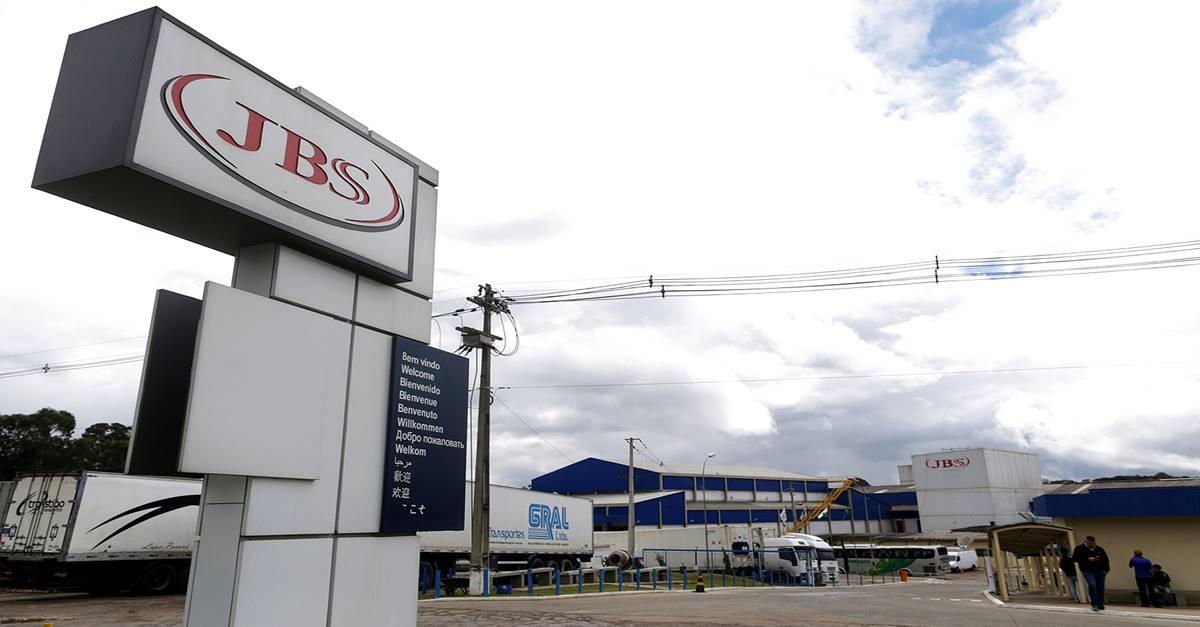 Em meio a pandemia e crise global, a JBS abriu 3 mil vagas de emprego no Brasil