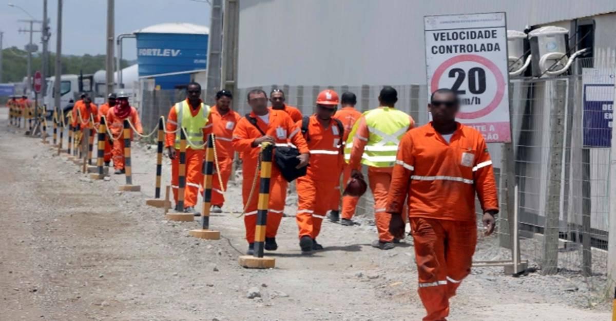Técnicos, engenheiros, supervisores, analistas e mais profissionais convocados para compor 70 vagas de emprego neste dia (12 ) por empresa de Recrutamento e Seleção