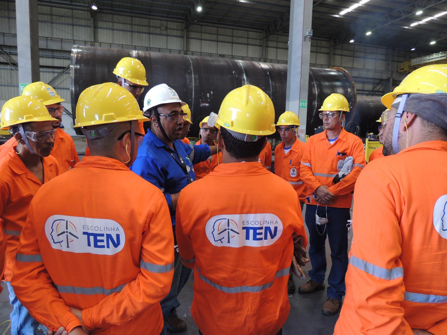 Soldadores e Técnicos convocados para vagas de emprego em projetos da fabricante de Torres Eólicas - TEN na Bahia