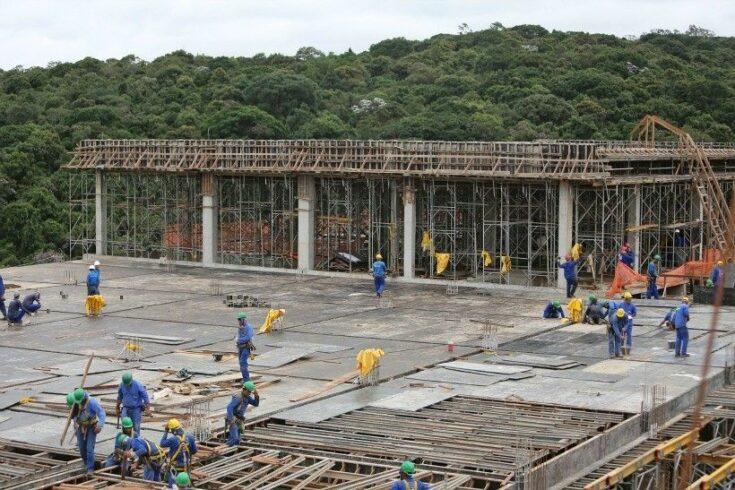 Servente de Obras, Armador, Carpinteiro e mais profissionais convocados para vagas de emprego na construção civil, hoje 15 de julho para Congonhas, MG