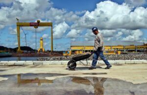 Estaleiro Enseada Indústria Naval, da Bahia, vai gerar muitas vagas de emprego para a construção de dois navios de grande porte