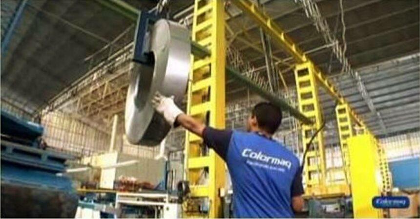 Mais de 70 vagas de emprego de ensino fundamental abertas hoje (09/07) na função Operador de Produção pela fabricante Colormaq