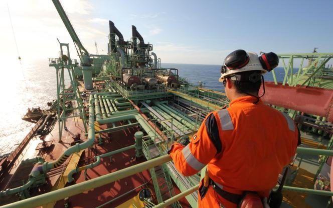 Vagas offshore em Macaé são anunciadas para atender contato temporário de óleo e gás em FPSO hoje, 31 de julho