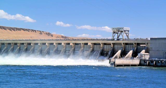 Brasil começa a exportar energia para a Argentina até 2022