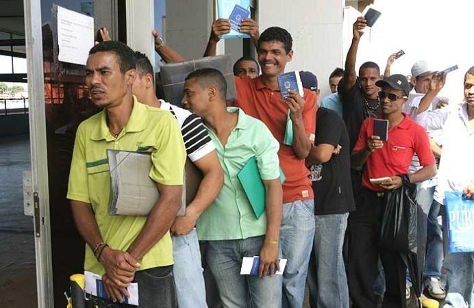 Auxiliares de produção, técnicos, assistentes, operadores e muito mais vagas de emprego para o Rio de Janeiro