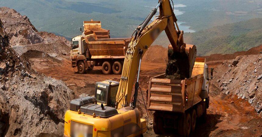 Muitas vagas de emprego para operadores de trator, motoniveladora, draga, escavadeira e máquina anfíbia para obras em Minas gerais