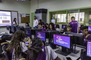 Mais de mil vagas são disponibilizadas em cursos online e gratuitos pelo Instituto da Oportunidade Social (IOS) para quatro estados do Brasil