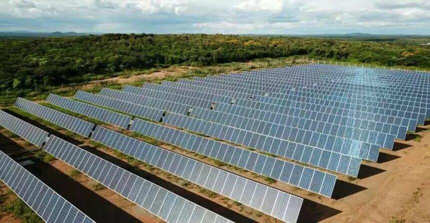 Governo federal assina termo para fornecer energia elétrica a partir da energia solar à 42 mil pessoas residentes em regiões remotas da Amazônia