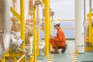 Offshore e onshore – Engenheiro mecânico, torneiro, técnico em elétrica, técnico em mecânica e mais são requisitados para atuar em Macaé, neste dia 13