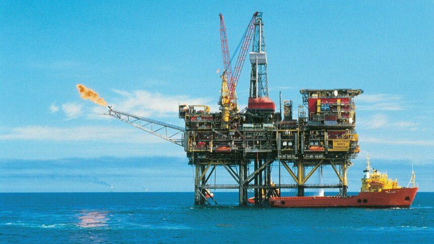 peradores offshore de óleo e gás do Brasil retomam planos de perfuração