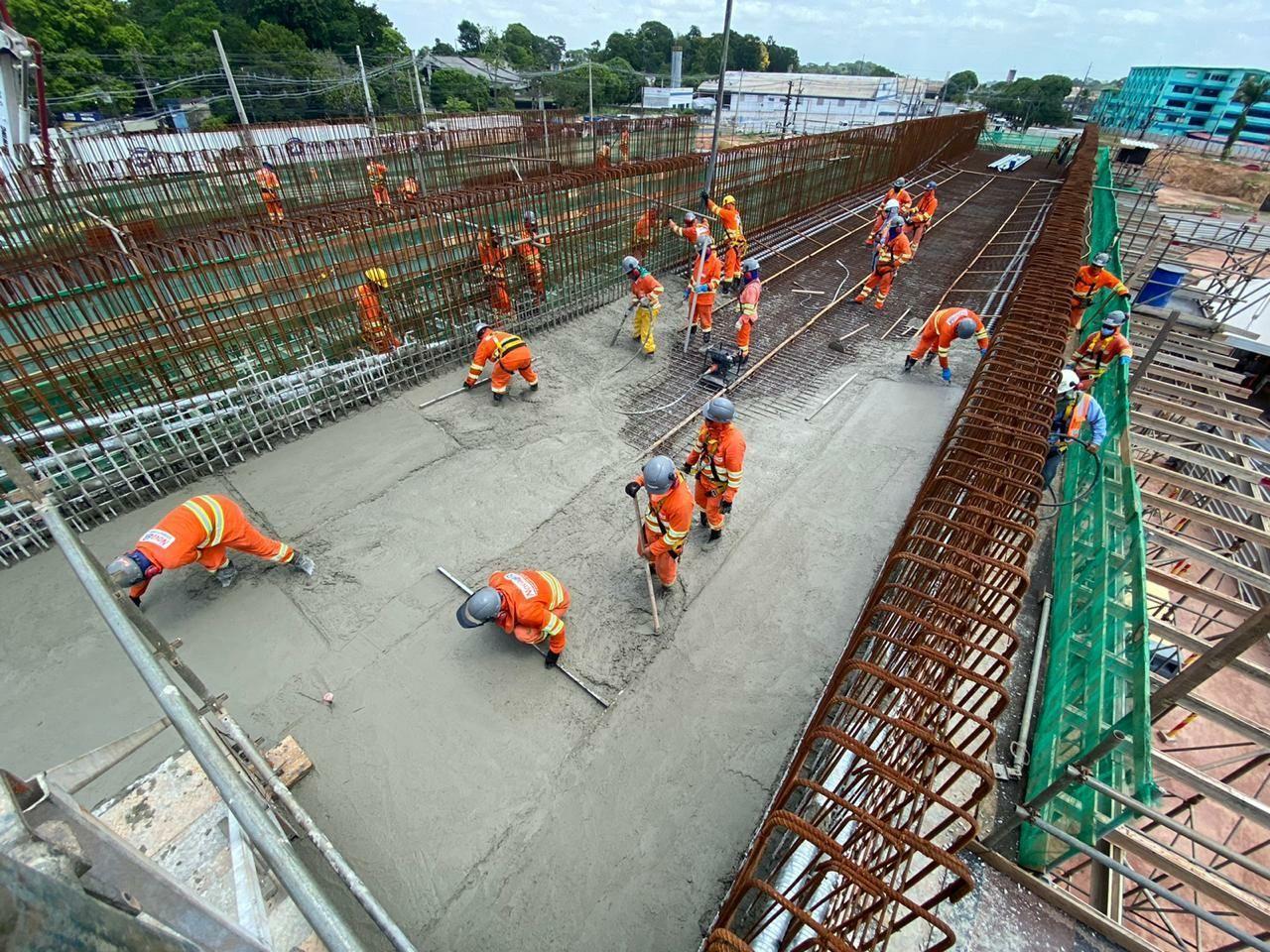 Referência no setor da construção civil, a construtora Concremat está com vagas de emprego abertas para técnicos, ajudante, engenheiros e mais