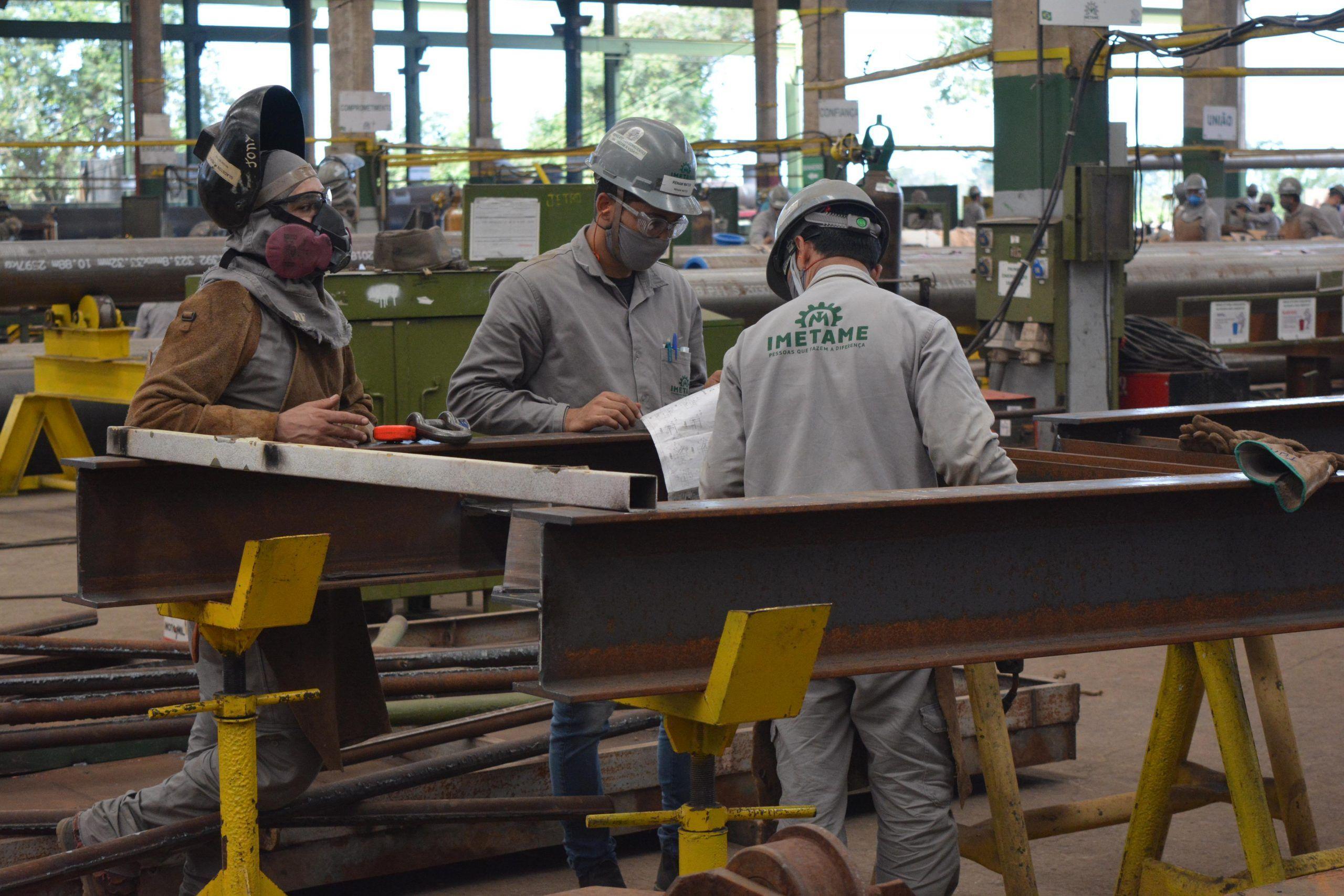 Imetame Metalmecânica requisita técnicos para processo seletivo de vagas de emprego em projetos e contratos no Espírito Santo