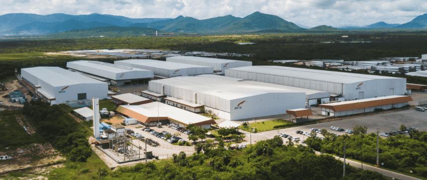 700 empregos diretos e indiretos em nova fábrica da empresa referência nacional na fabricação de pás eólicas Aeris Energy no Ceará