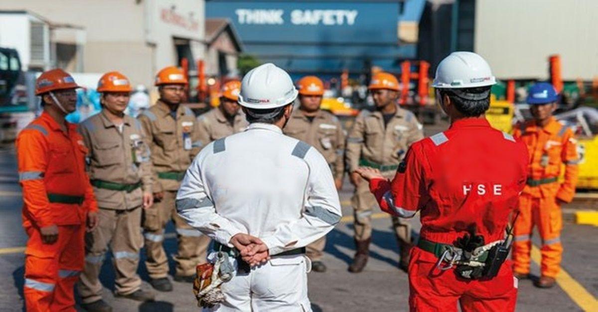 construção naval, vagas de ensino fundamental de ajudante, caldeireiro e soldador, Macaé