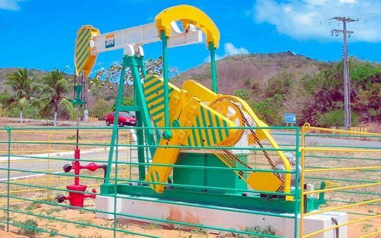 petrobras; campos terrestres de petróleo; ES