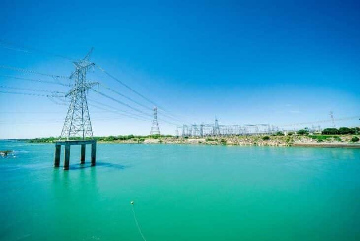Hidrelétrica - energia eólica - usina -