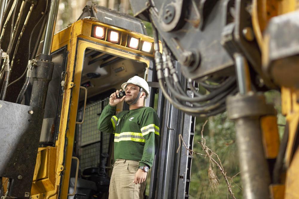 Fábrica da Klabin papel e celulose abre vagas para mecânico, operador, ajudante e mais para trabalhar no setor de manutenção industrial e outras áreas