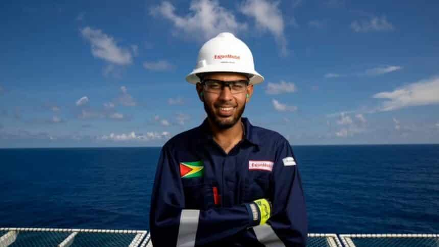 A multinacional de petróleo Exxon Mobil convoca no Rio de Janeiro e em Curitiba candidatos sem experiência para vagas em programa de estágio 2021
