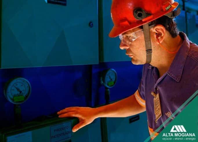 Usina produtora de açúcar, etanol e energia elétrica abre vagas de emprego temporárias e em banco de talentos para as áreas industrial, agrícola, administrativa e mais em São Paulo