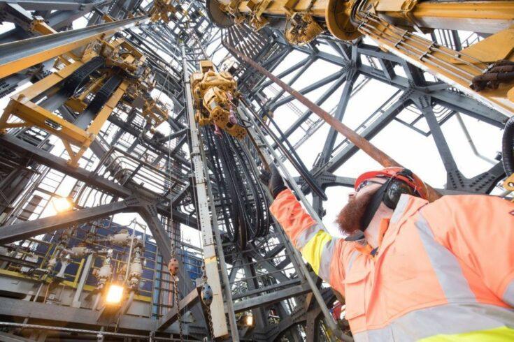 Macaé conta com processo seletivo de vagas para profissionais técnicos iniciado pela prestadora de serviços no setor de petróleo gás offshore Engeman