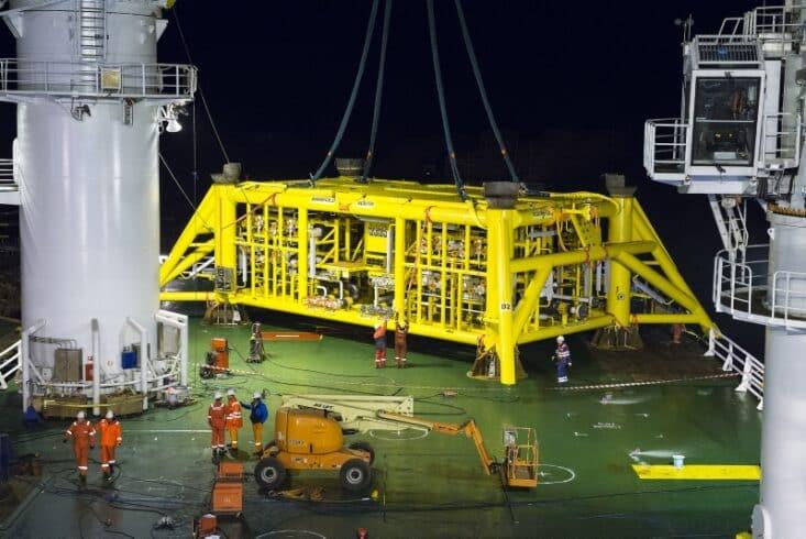Empresa de apoio marítimo, construção e reparo naval, convoca para vagas de ensino médio candidatos com experiência offshore