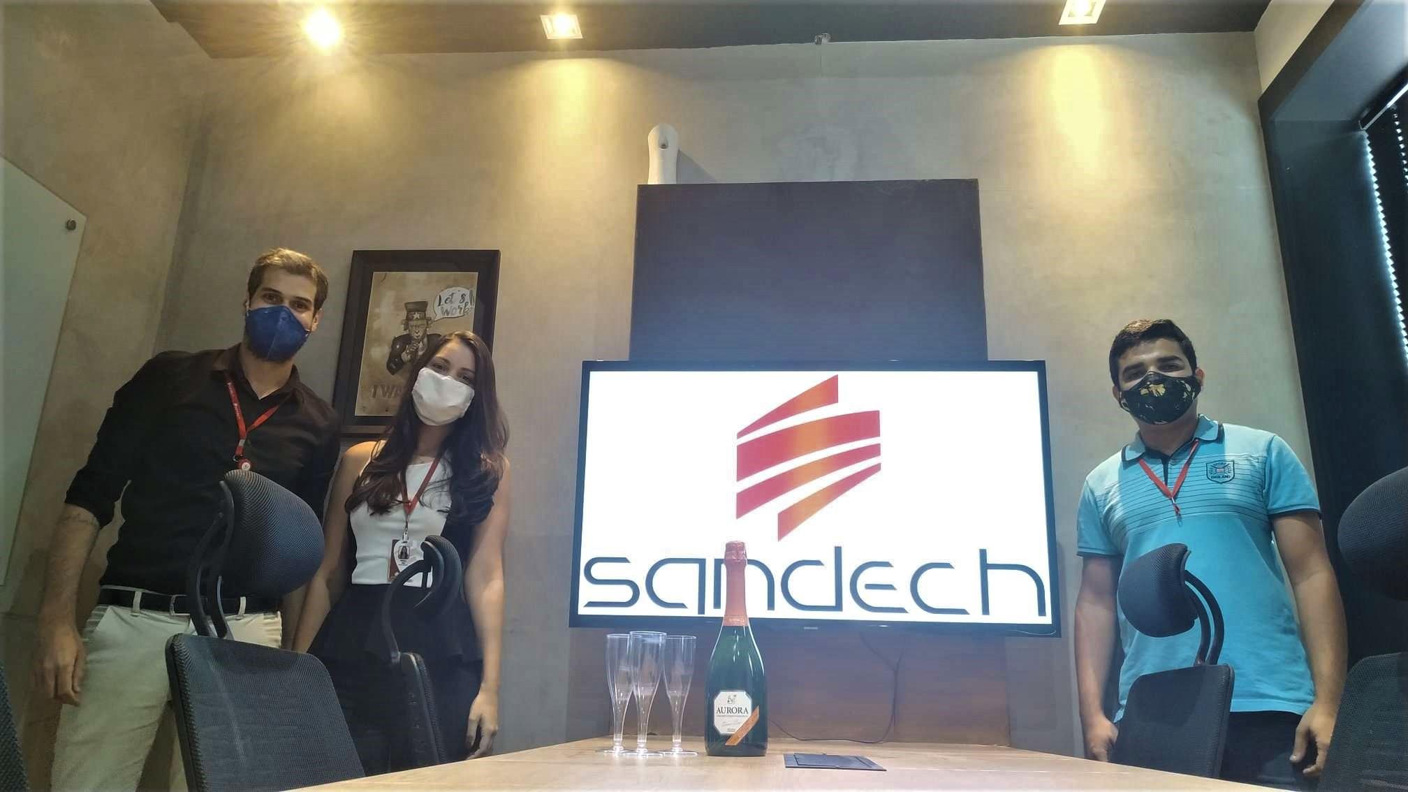 Colaboradores da SANDECH na inauguração da Filial Manaus