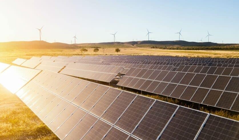 Ambev firma parceria inovadora para consumo de energia limpa em bares e restaurantes