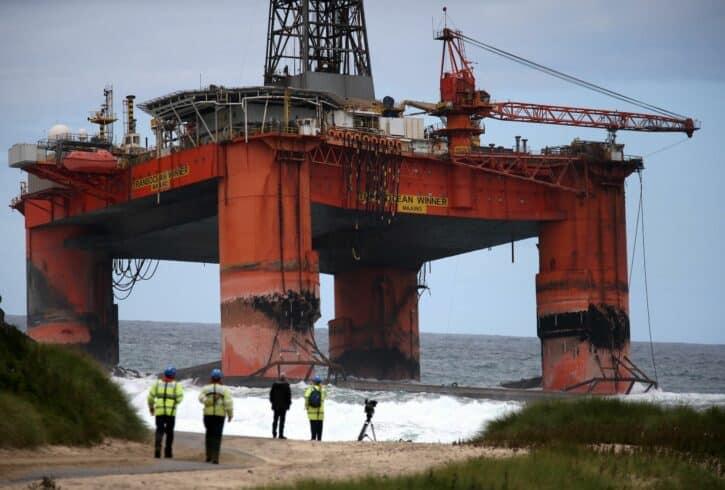 Hidrocarbonetos - campos de petróleo
