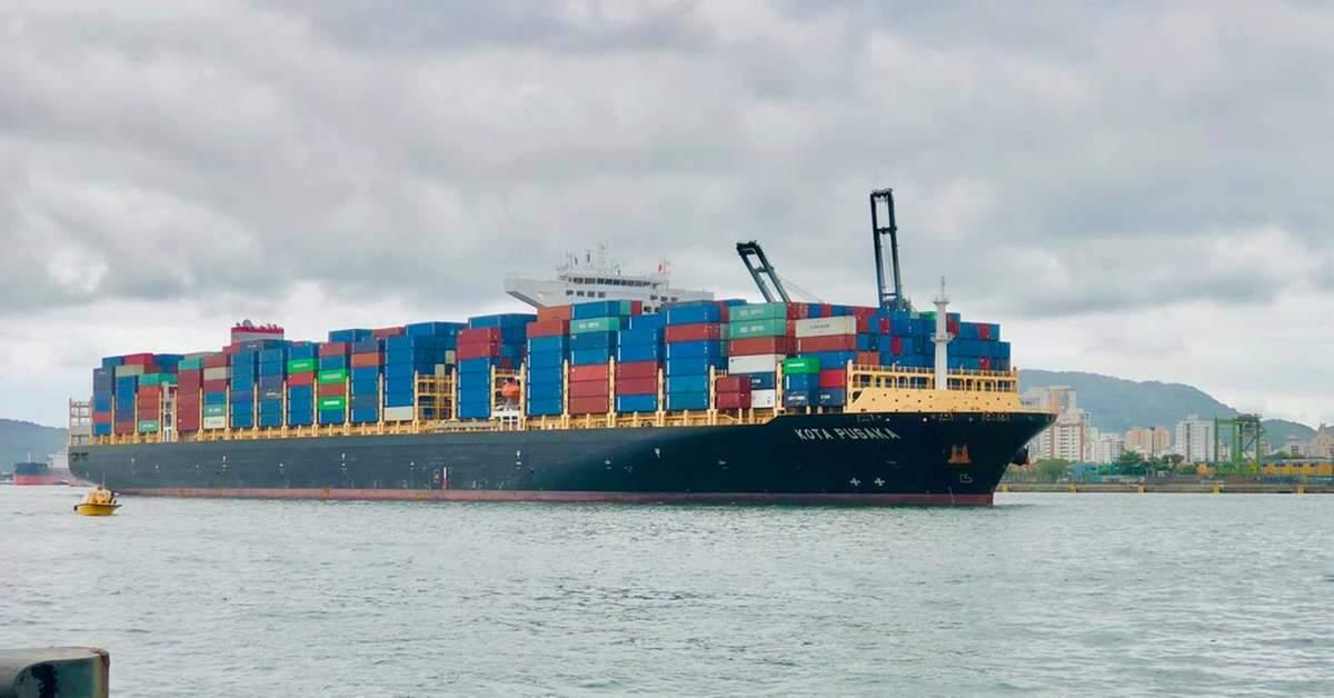 Porto - navios – contêineres