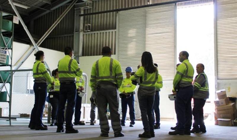 Líder mundial em soluções e materiais de construção civil abre programa de trainee para profissionais da engenharia em início de carreira