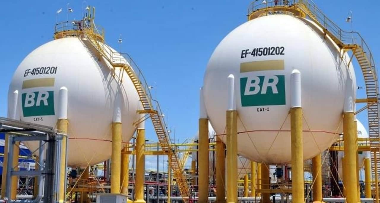 Petrobras - empréstimos - crise econômica