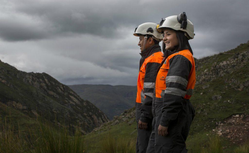 Mineradora, técnicos, Minas Gerais, Mato Grosso