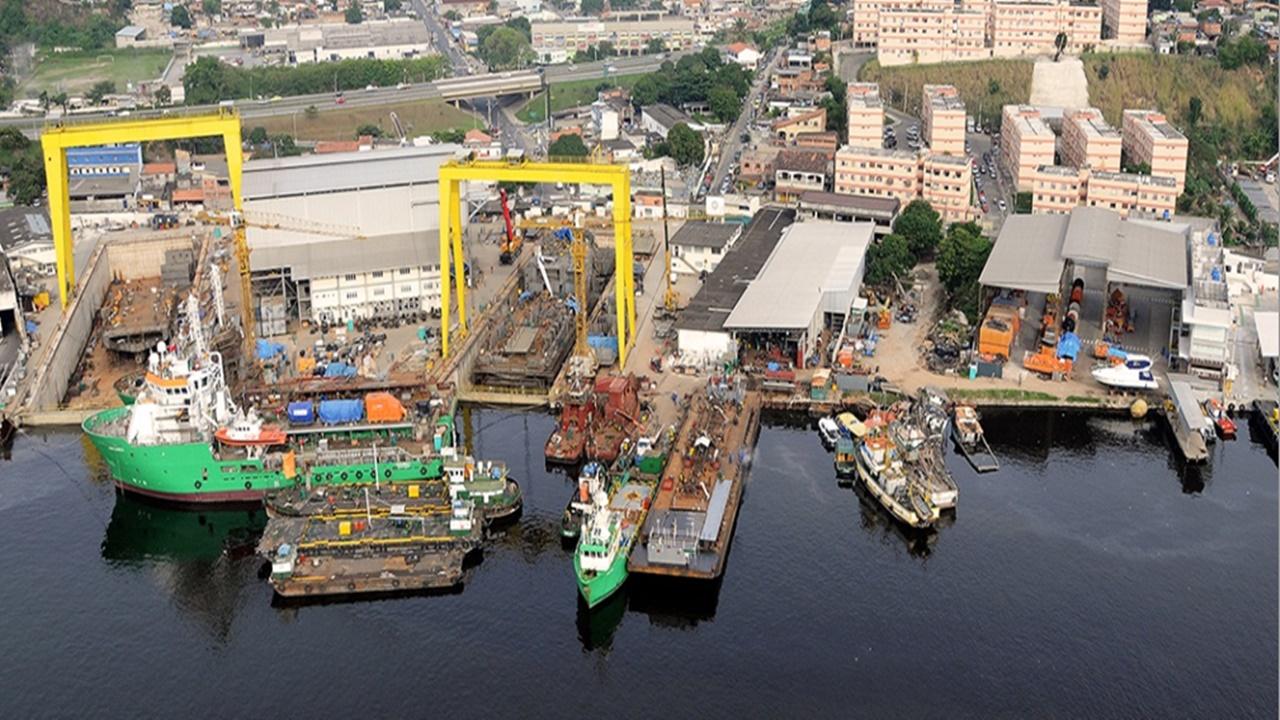 Empresa de apoio marítimo, construção e reparo naval, convoca com URGÊNCIA, para trabalhar no Rio de Janeiro