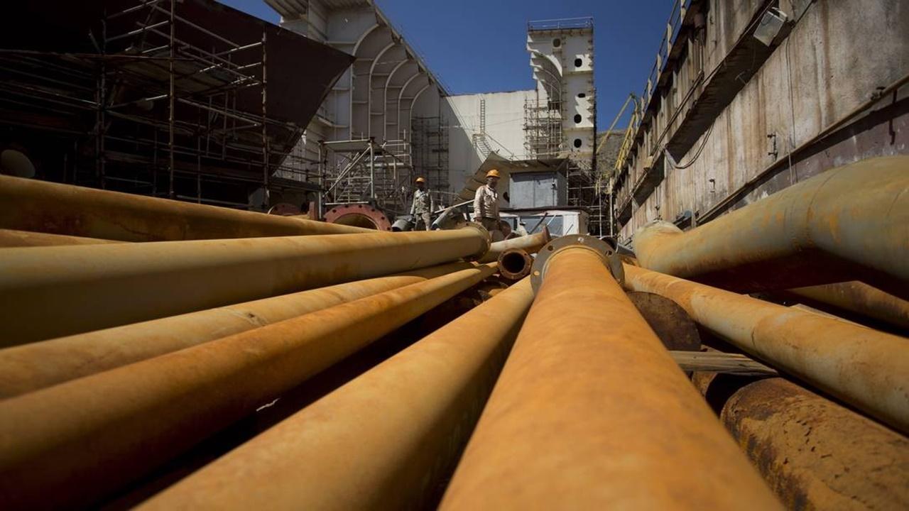 Emprego para brasileiros em projetos GNL na Itália e China